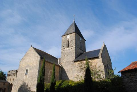 Aubigné_vue de l'église_© PCC49