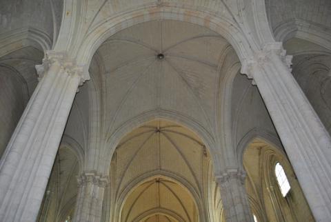 Le Puy_voûtes de la collégiale <sup>©</sup>PCC 49