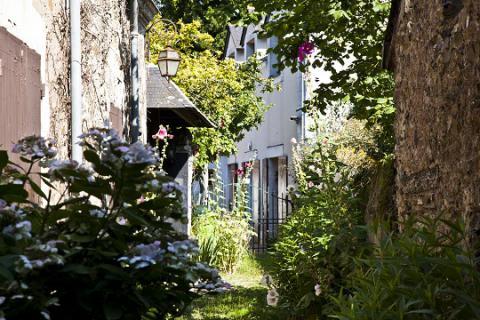 Savennières_ruelle fleurie <sup>©</sup>J.-P. Berlose