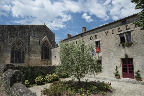 Foussais-Payré_prieuré <sup>©</sup>Commune de Foussais-Payré