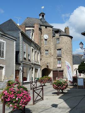 porte angevine - crédit photo : mairie de Pouancé